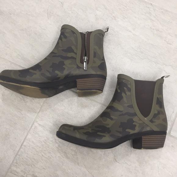 76c3e33951056 Lucky Brand Shoes - Lucky Brand | Basel H2O Camo Rain Bootie | Size 7